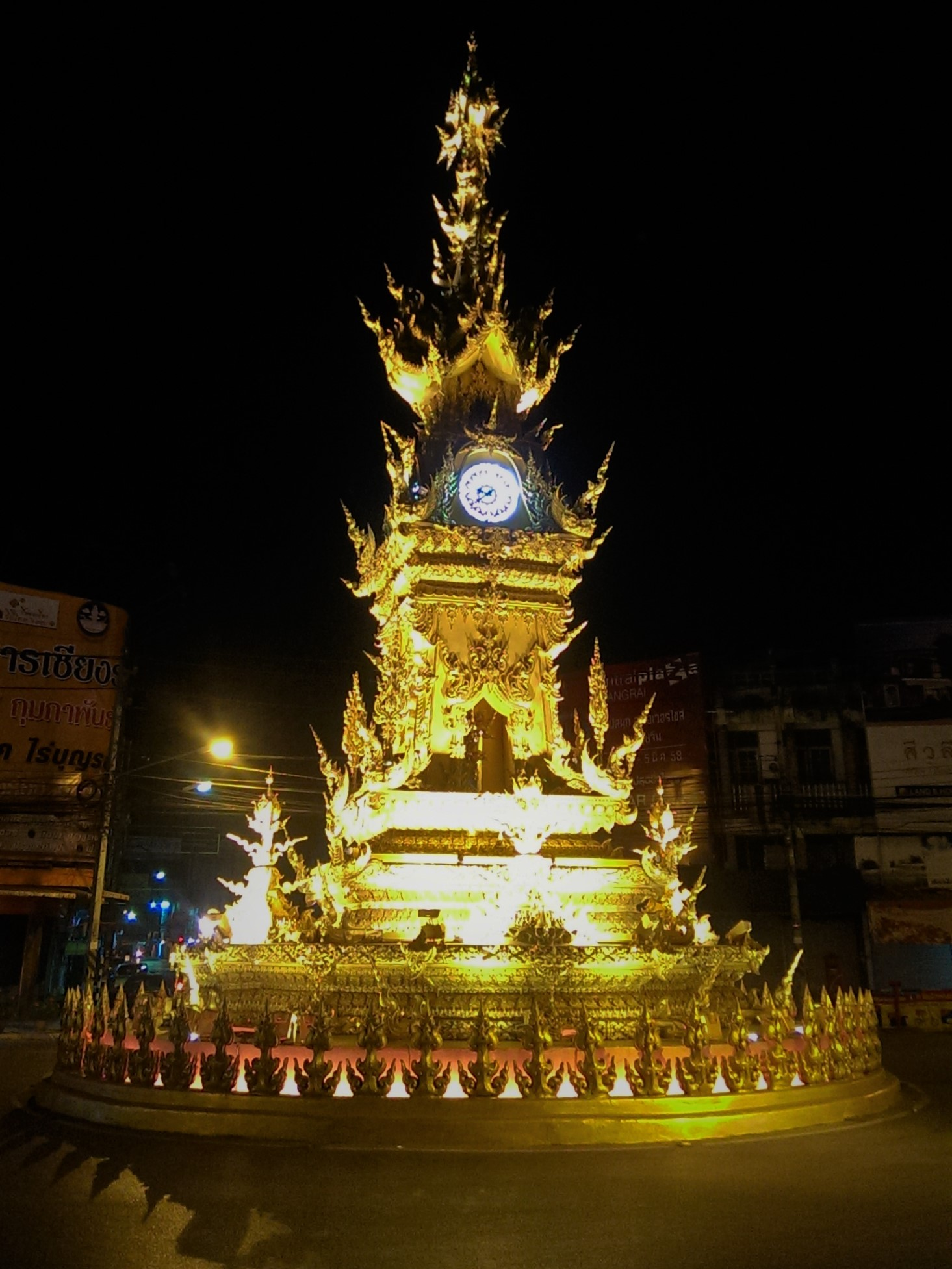 Carry It Like Harry - How to fully enjoy the sleepy town of Chiang Rai เมืองเชียงราย