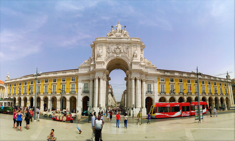 Carry It Like Harry - Get lost in Lisbon