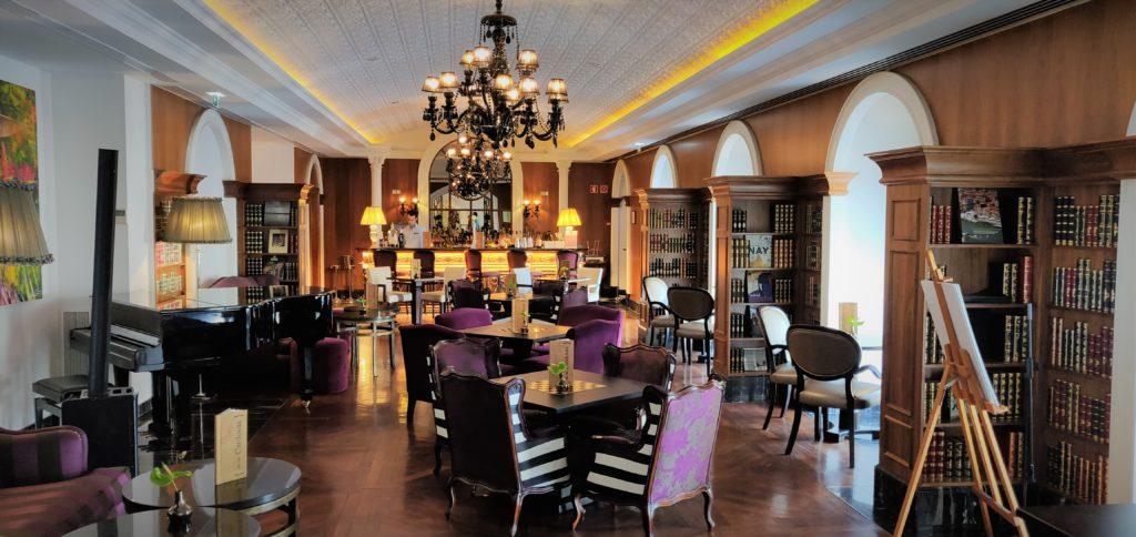 Carry It Like Harry - InterContinental Porto – Palacio das Cardosas hotel