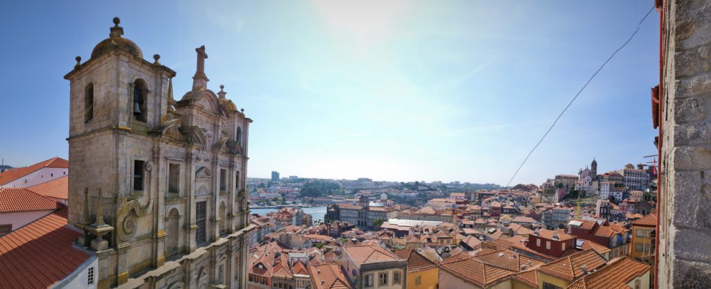 Carry It Like Harry - Picture-perfect Porto, Portugal