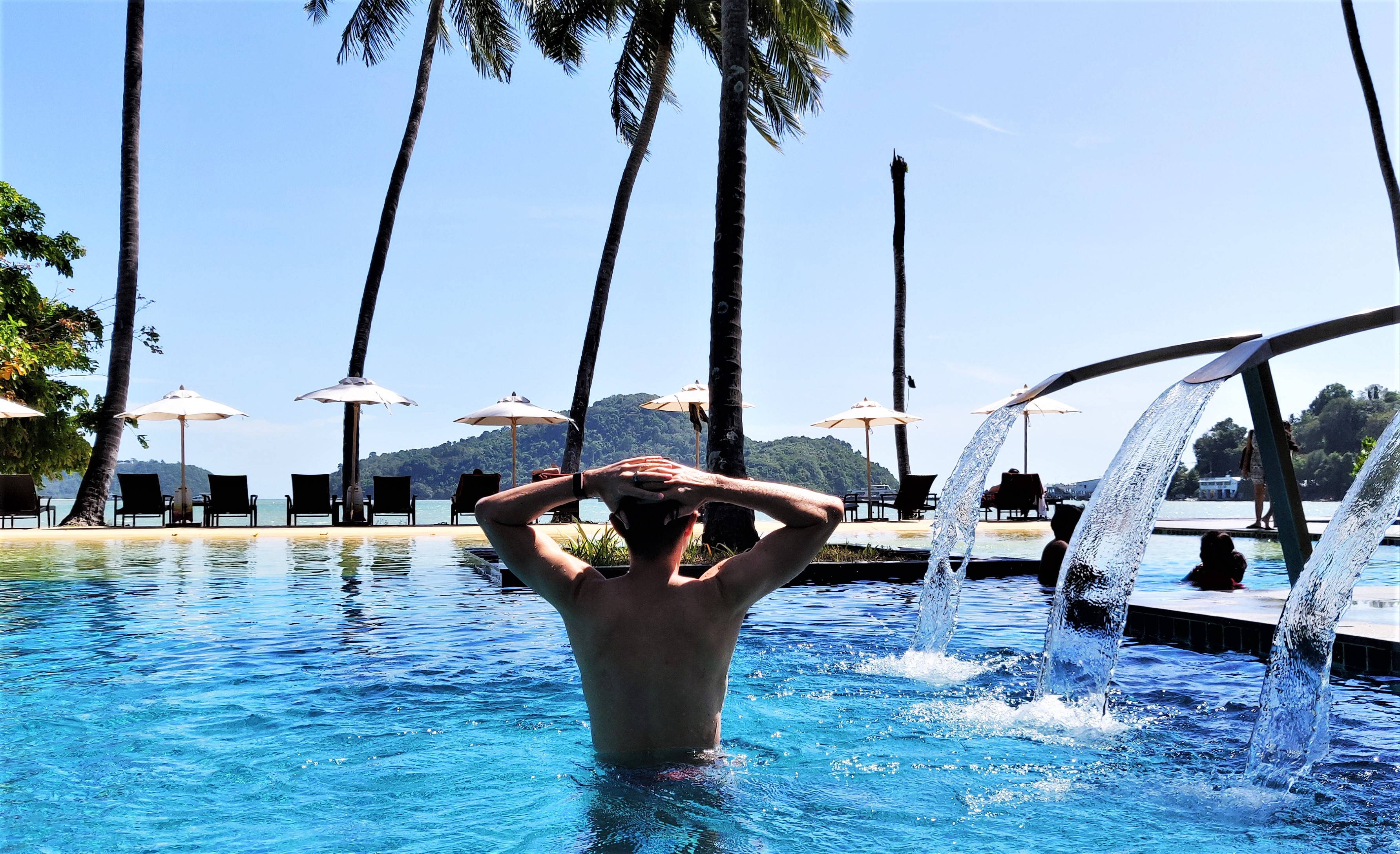 Carry It Like Harry - A stay in paradise: Crowne Plaza Phuket Panwa Beach