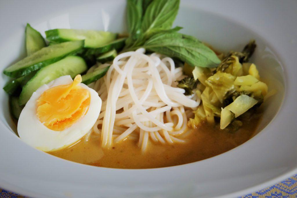 Khanom Jeen Namya ขนมจีนนำ้ยา : A Southern Thai noodles bonanza